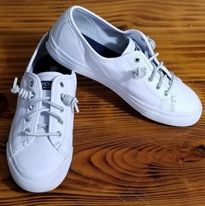 White leather Sperry topsiders
